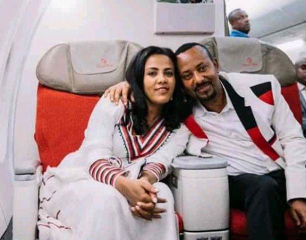 abiy ahmed with wife zinash in airplane