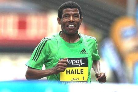 haile gebreselassie running a competitive race